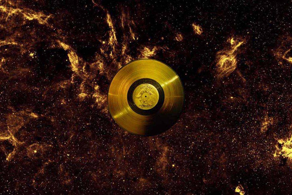 Evrende dolaşan seslerimiz: Voyager Altın Plak