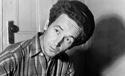 """Woody Guthrie; """"Toprak Ev"""""""