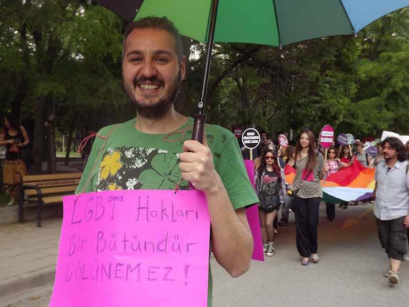 Demokrasi karşıtı bir ülkede LGBTİ adayı olmak: Barış Sulu