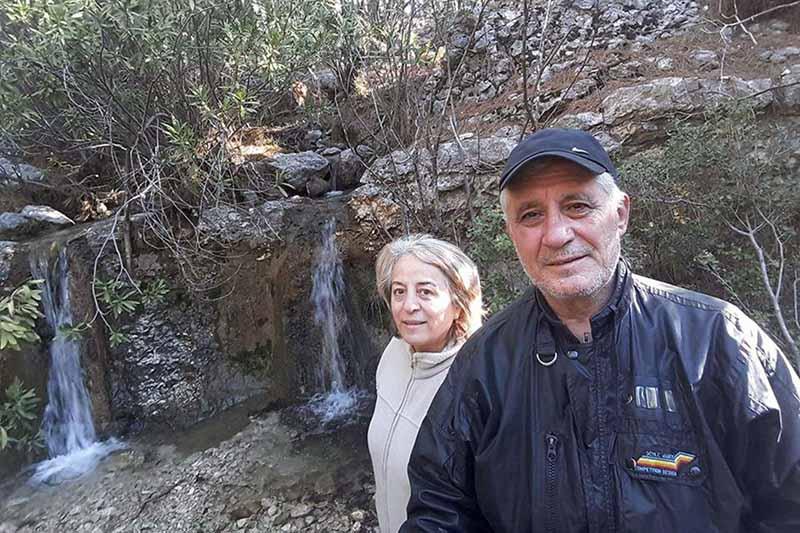 Ekolojist çift evinde ölü bulundu