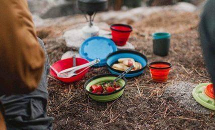 Seyahat ederken parasız ve ucuz karın doyurmanın yolları