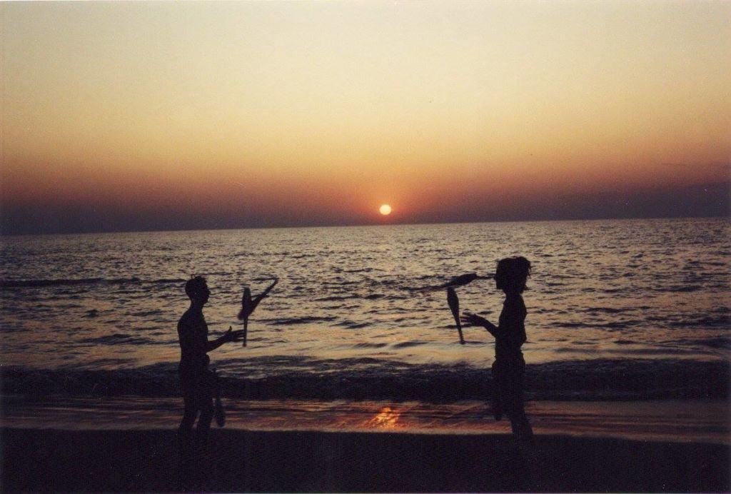 Vagator Sahilinde gün batımı, Aralık 1992