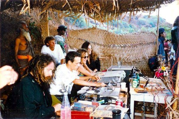 Goa Gil, Dj Laurent, 90'ların başı
