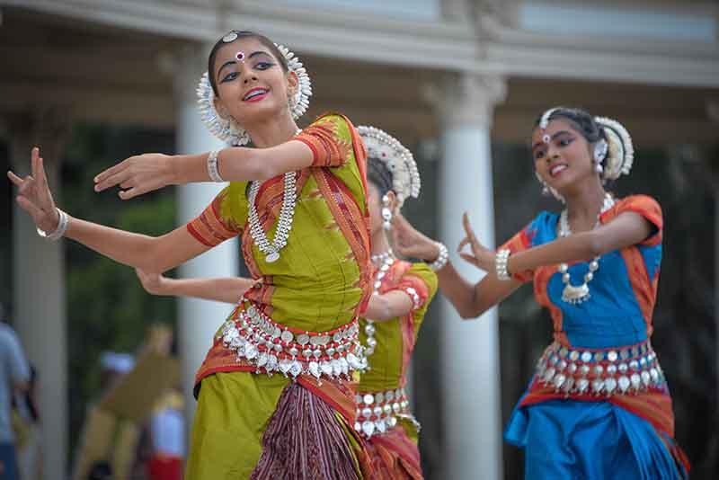 Dans etmenin mutlu ettiğini bilim doğruluyor