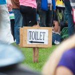Festival tuvaletleri ile başa çıkmak için birkaç ipucu
