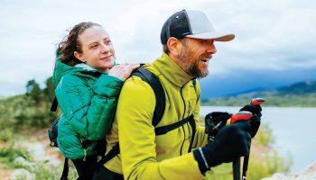 Yürüme ve görme engelli çift birlikte binlerce metre tırmanıyor